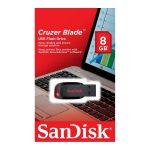 Memoria USB SanDisk Cruzer Blade de 8GB Color Negro con Rojo