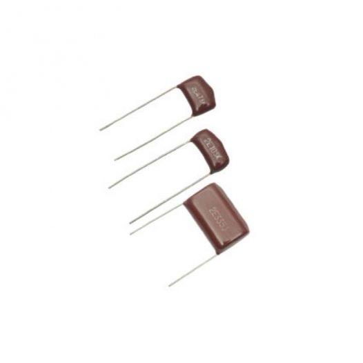 Capacitor de poliester metalizado, de 0.1 uF (micro Faradios) a 400 Volts