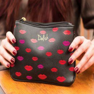 Cosmetiquera Dalish Diseño Kiss
