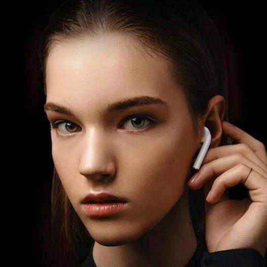Audífonos Bluetooth i12 TWS color Blanco
